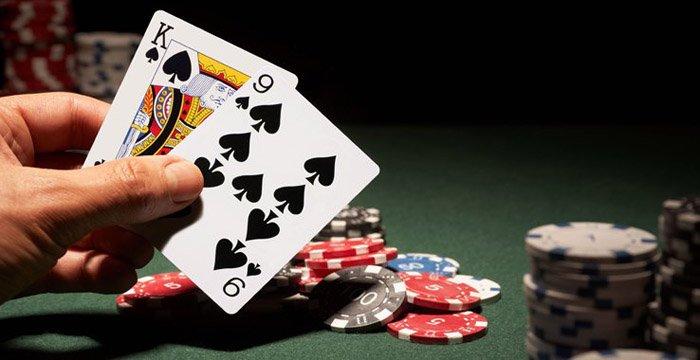 Teknik Main Poker